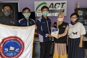 HMPS Teknik Informatika Unikama Bagikan Paket Sembako Di Tengah Pandemi Covid-19